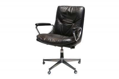 strassle-leather-swivel-chair-5.jpeg