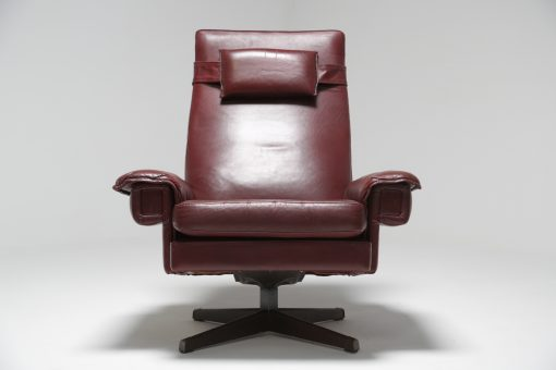 Danish Leather Swivel Chair with Headrest